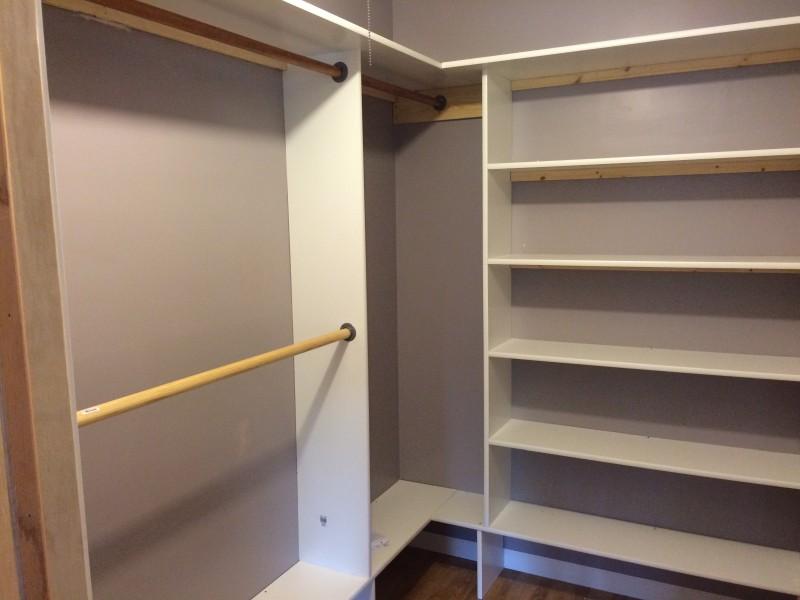 Сloset shelves